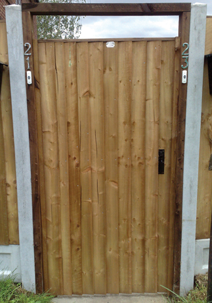 Front Of Feathered Edge Gate